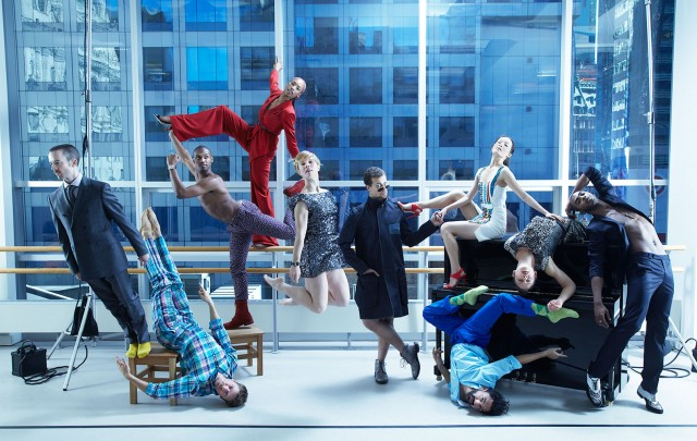 BILL.T JONES AND ARNIE ZANE DANCE COMPANY PHOTOGRAPHED BY NEIL WILDER FOR TRAVELLER'S WORLD MAGAZINE